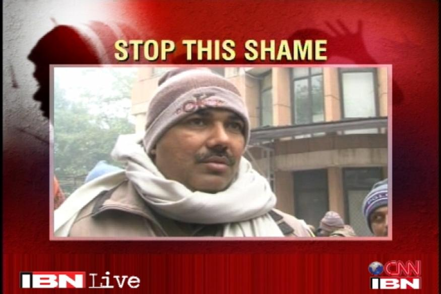 Delhi: Constable's family blames protesters for death