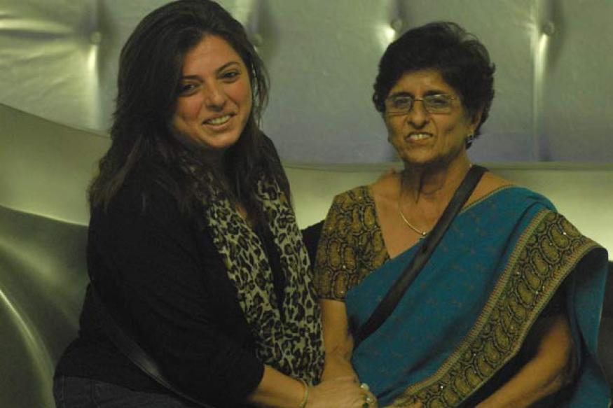Bigg Boss 6: Delnaaz's mother nominates Rajev Paul