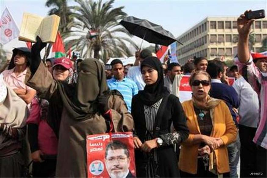 Egyptians back new constitution in referendum