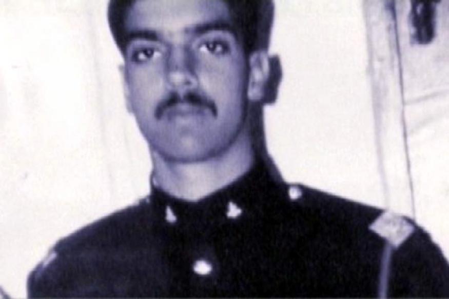 India to take up Capt Kalia's case with Pak: Antony