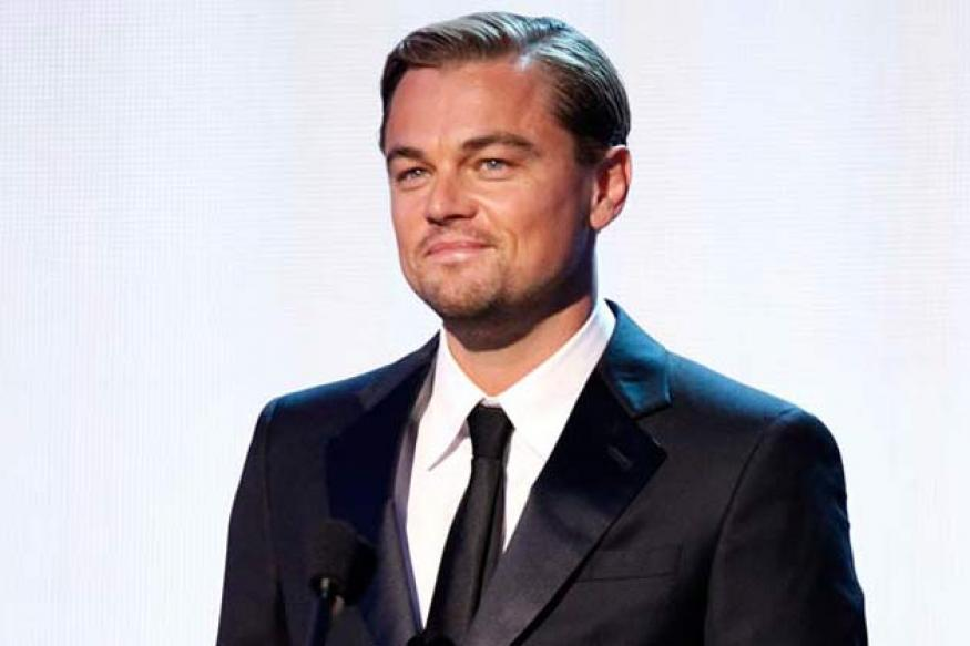Leonardo DiCaprio buys the piano used in 'Casablanca'