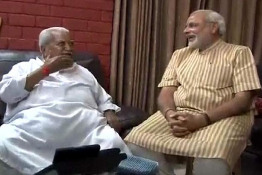 Gujarat polls: Modi seeks Keshubhai's blessings after win