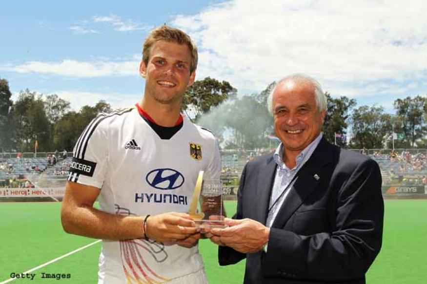 Sardar misses out on FIH award, Fuerste wins it