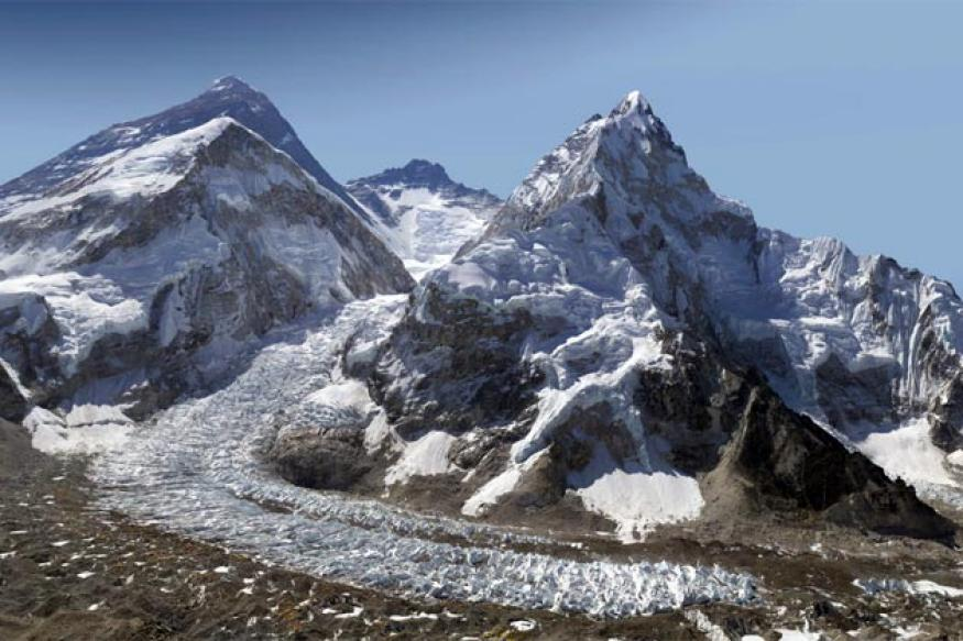 Zoom in and explore this 2 billion pixel image of Mount Everest