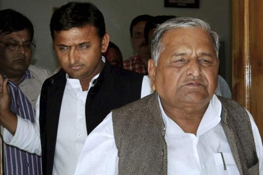 Congress conspiring to trap Mulayam in CBI net: SP