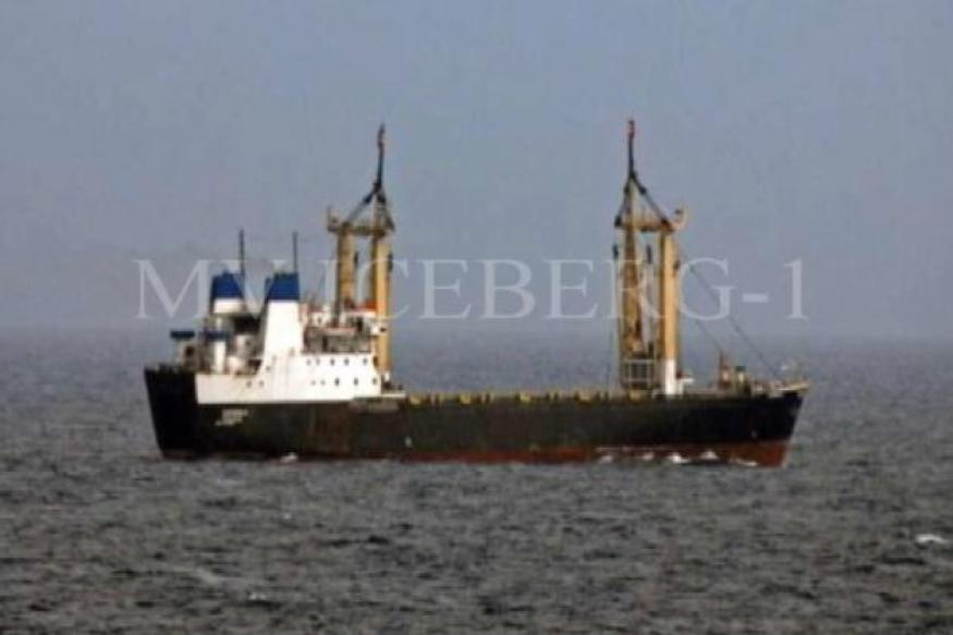 Somali pirates release MV Iceberg, 6 Indian hostages