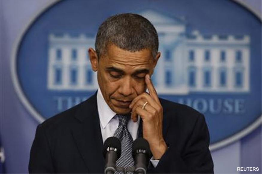 Tearful Obama calls for action after school shooting