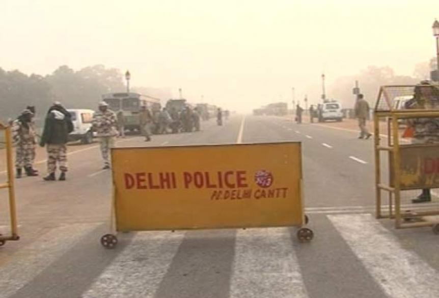 Allow protests at India Gate: Sheila to Shinde