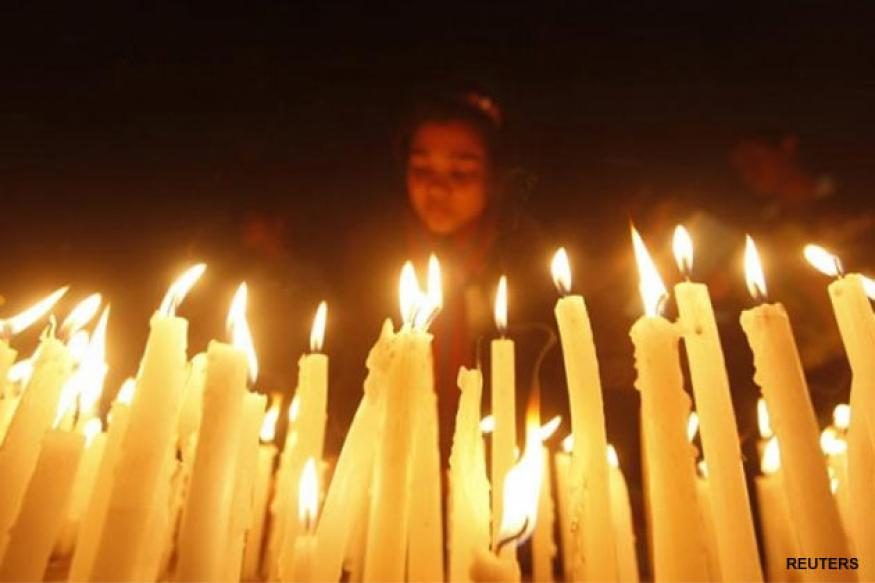 NRIs hold candle light vigil for Delhi braveheart