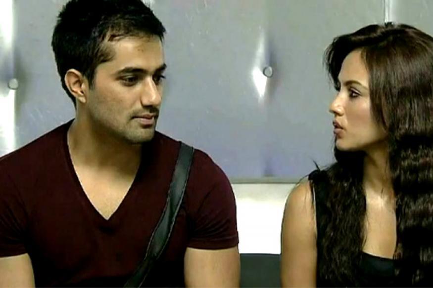 Bigg Boss 6: Sana, Vishal kiss and make up