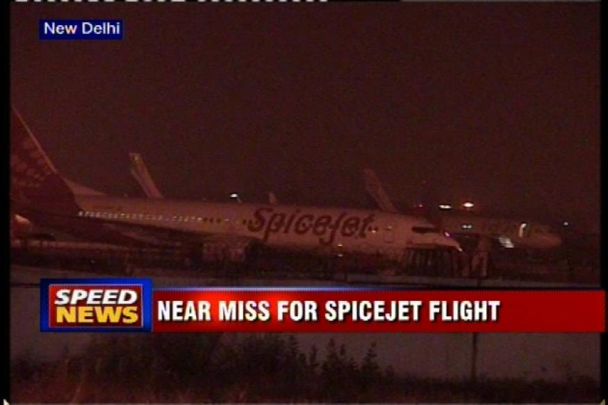 Delhi: SpiceJet flight hits electric pole before take-off