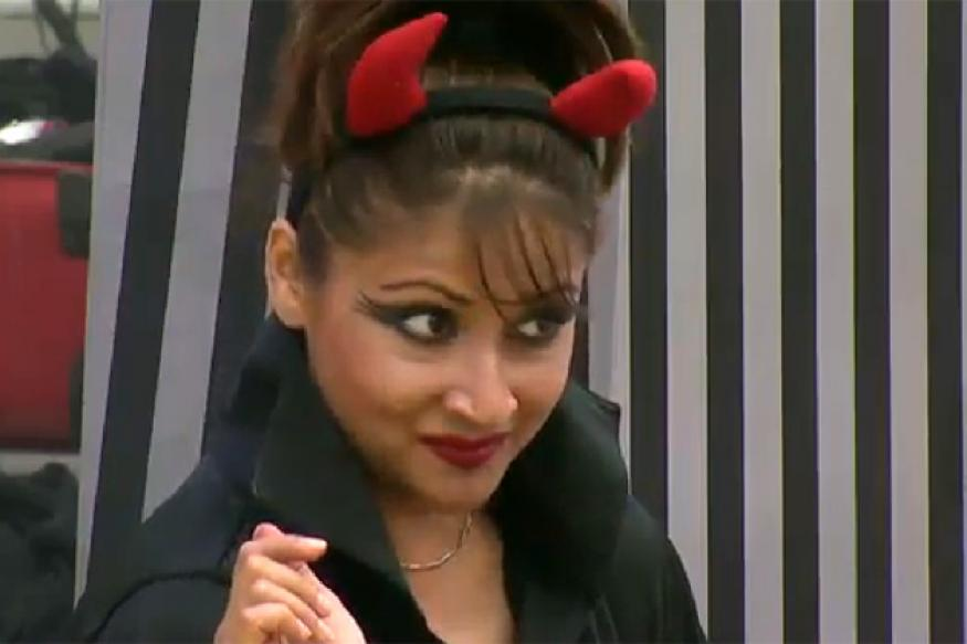 Urvashi, Delnaaz are the strongest contestants in 'Bigg Boss'