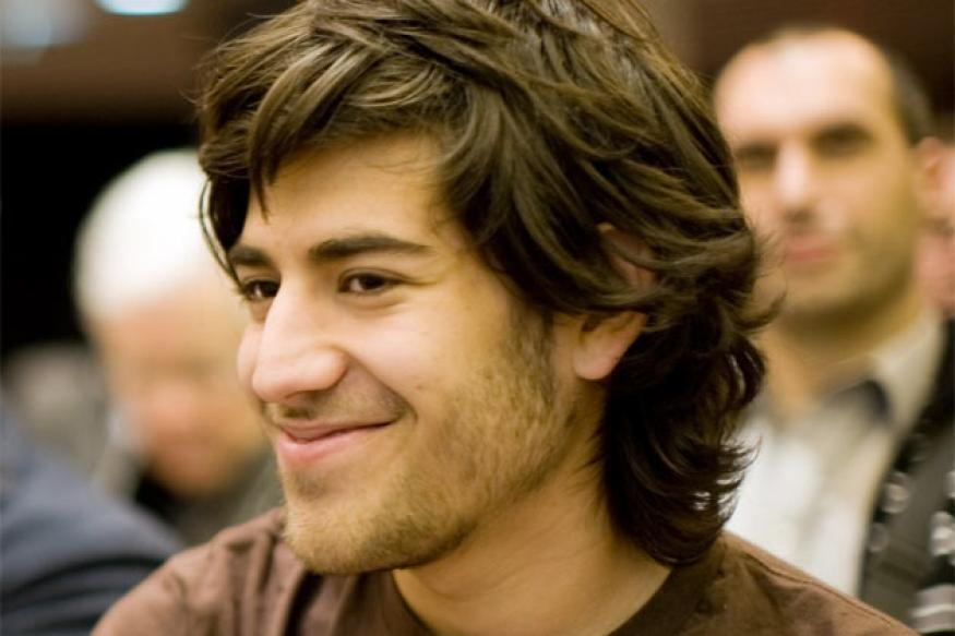 Reddit co-founder Aaron Swartz commits suicide at 26