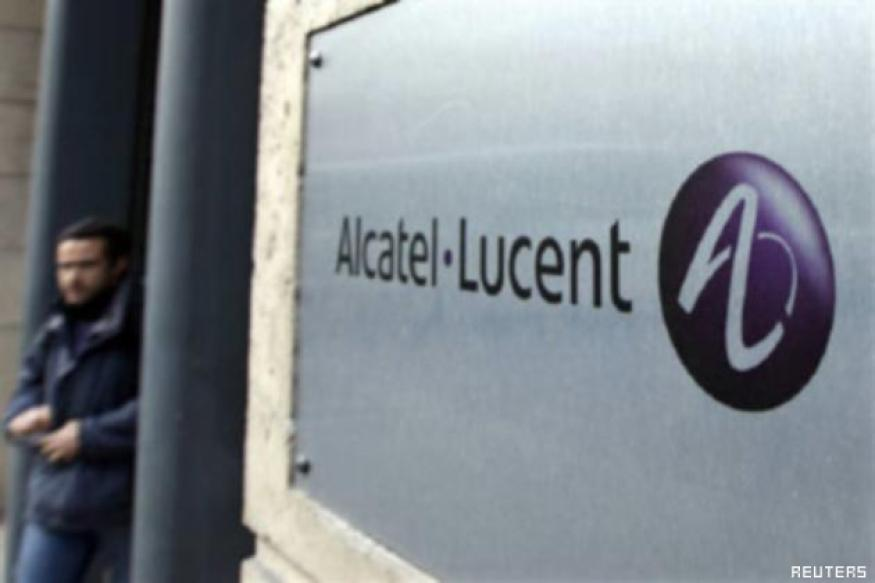 Alcatel wins 8-year deal valued at over $1 bn from Reliance Comm