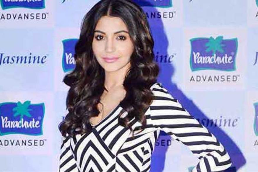 Snapshot: Is Anushka Sharma turning thinner by the day?