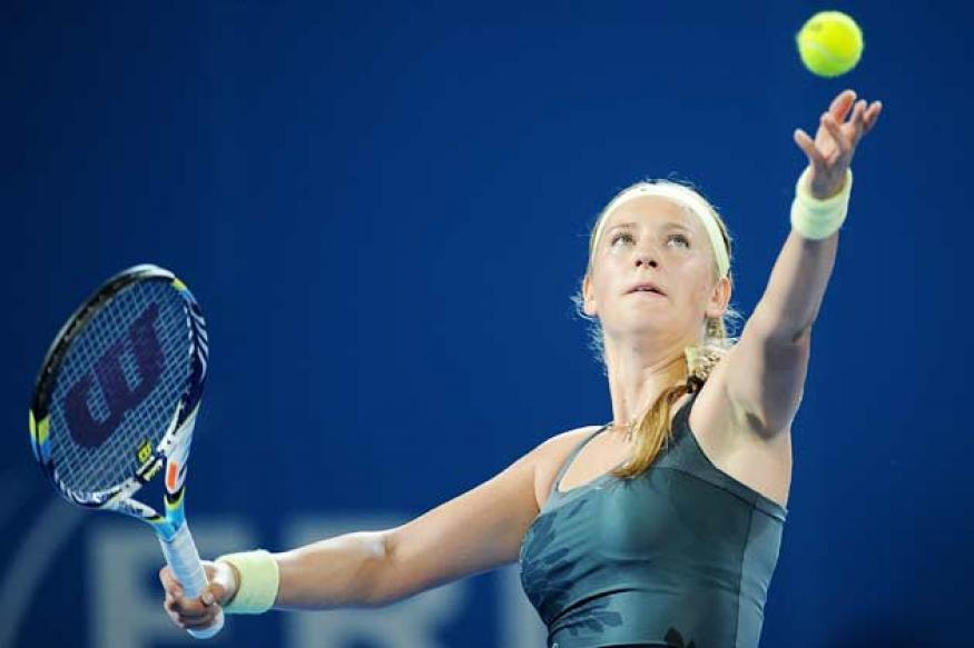 Azarenka beats Lisicki to enter Brisbane quarter-finals