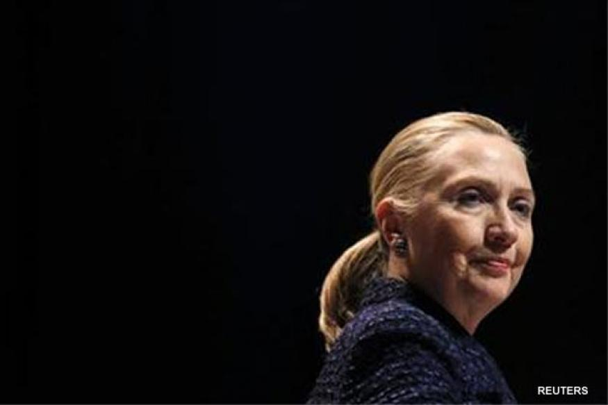 Clinton suffers clot behind right ear, full recovery seen