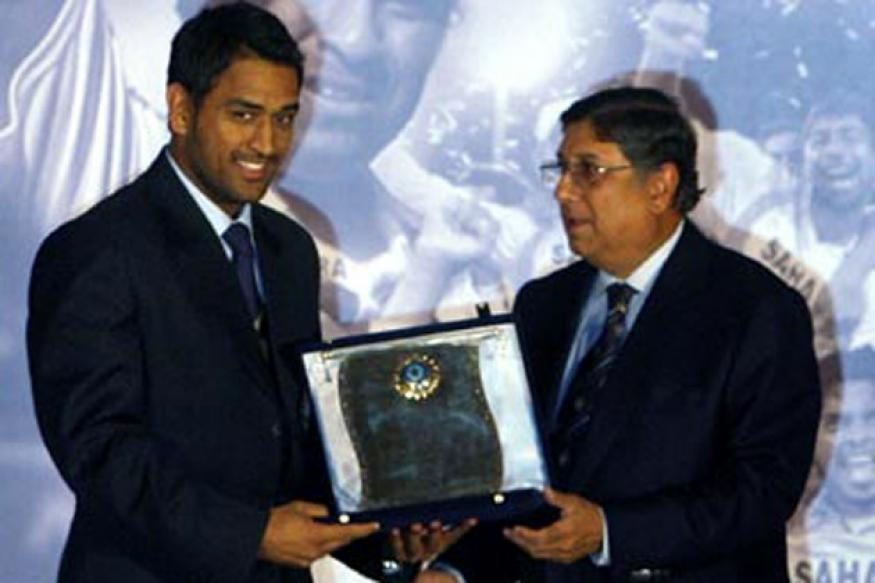 Dhoni named India Cements Vice President