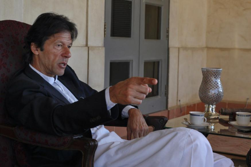 Imran Khan calls for elections in Pakistan