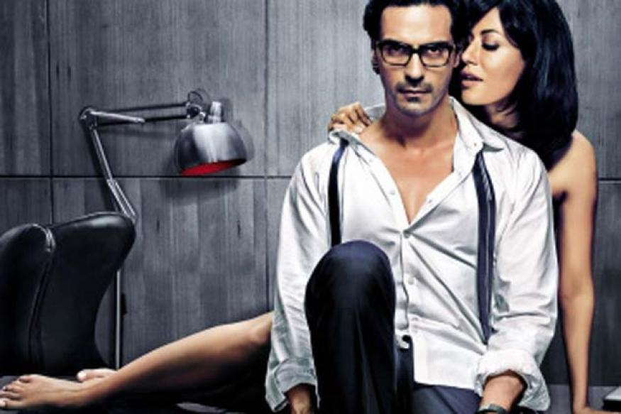 'Inkaar' is not about obvious sleaze: Sudhir Mishra