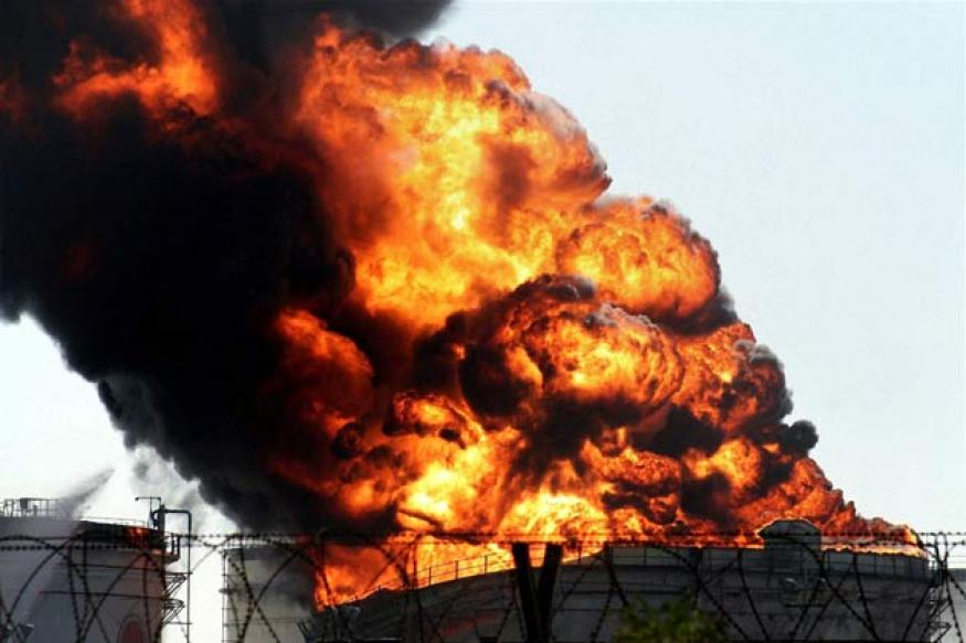 Surat: Fire at IOC storage tank contained