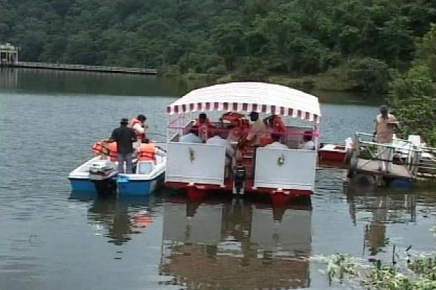 Kerala: Four tourists drown as houseboat capsizes