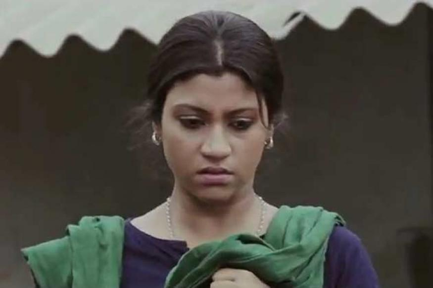 Konkana plays a journalist in 'Shoonyo Awnko'