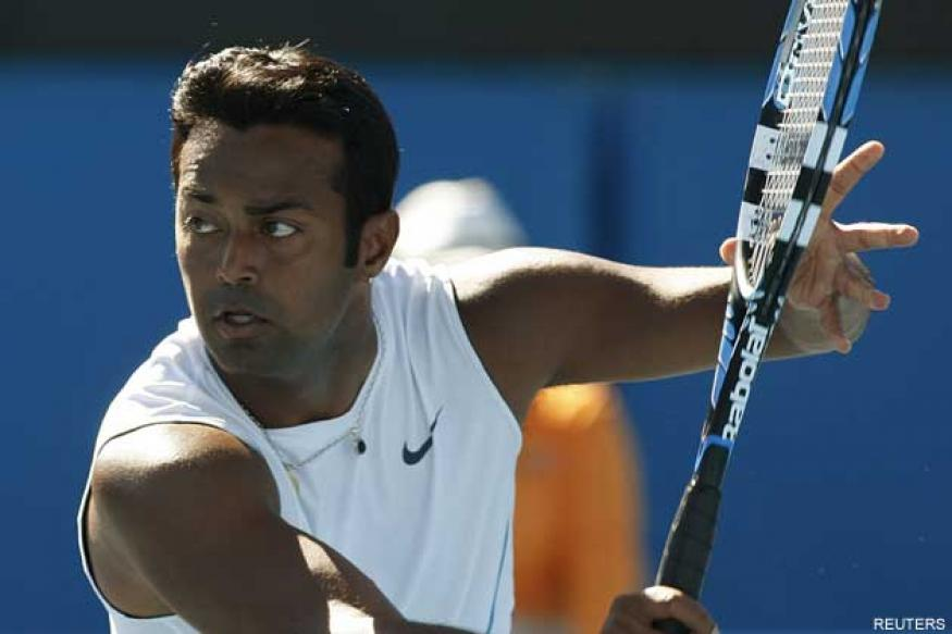 Paes-Vesnina ousted; Bhupathi-Petrova in quarters