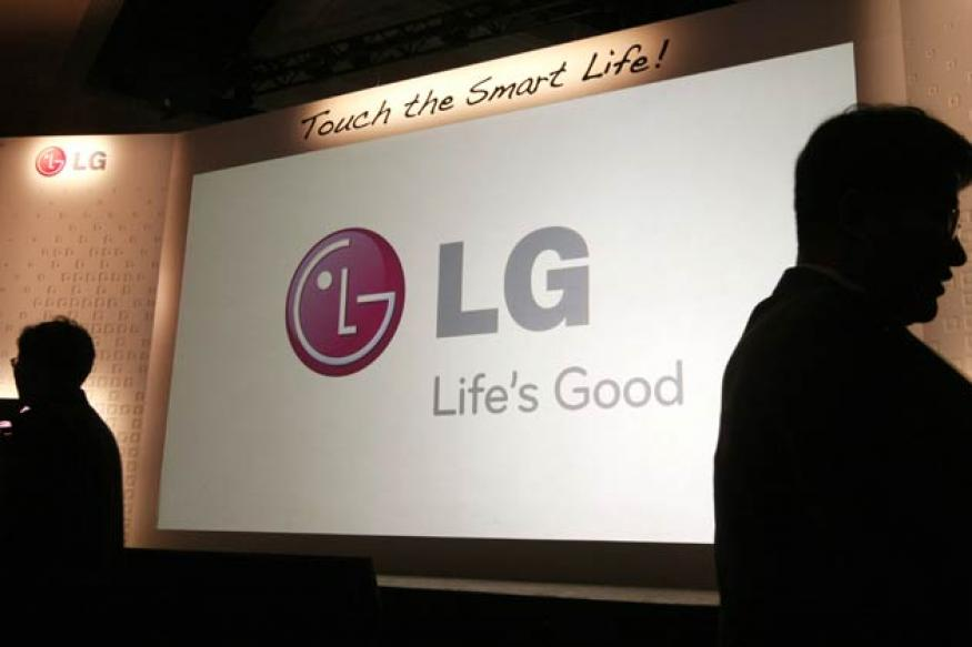 LG unveils 55-inch ultra-HD TV at CES 2013