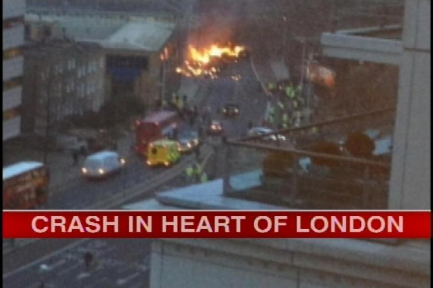 Helicopter crashes in London, two dead