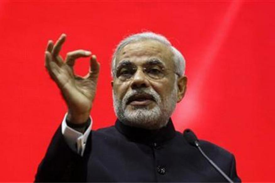 Modi basks in rock star reception at Gujarat summit
