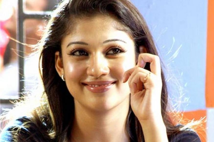 Tamil actor Nayanthara rejects 'Chennai Express'