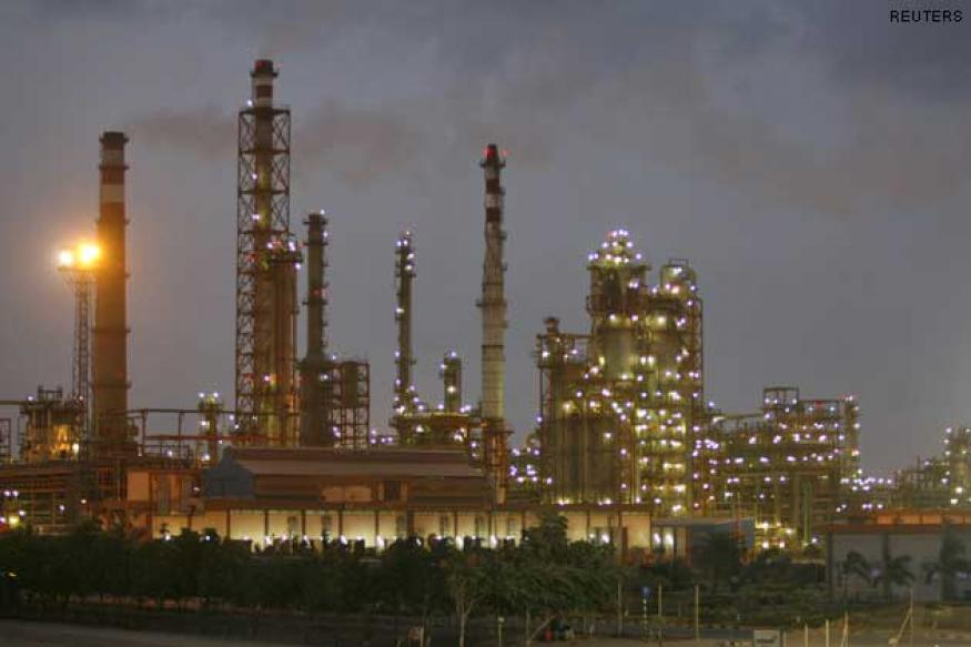 Govt eyes over Rs 2500 cr from Oil India stake sale