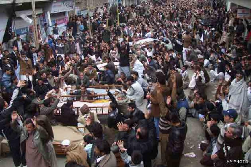 Pakistan: Hazara Shias protest against attacks
