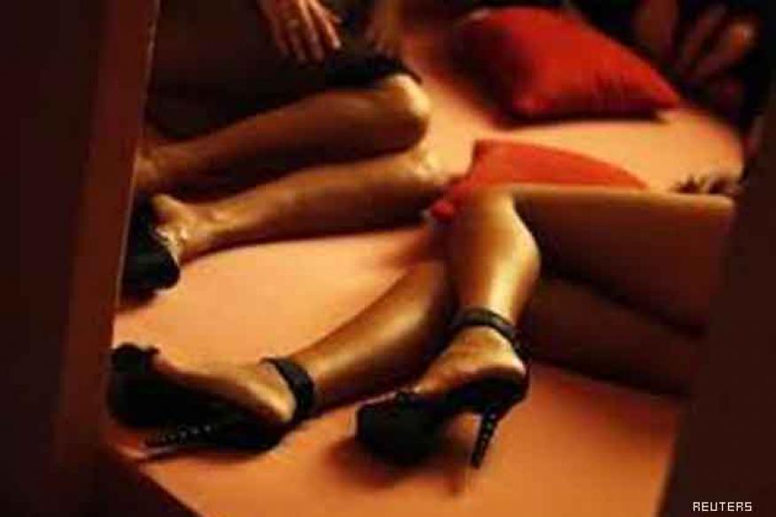 Noida couple's video clip uploaded on porn websites
