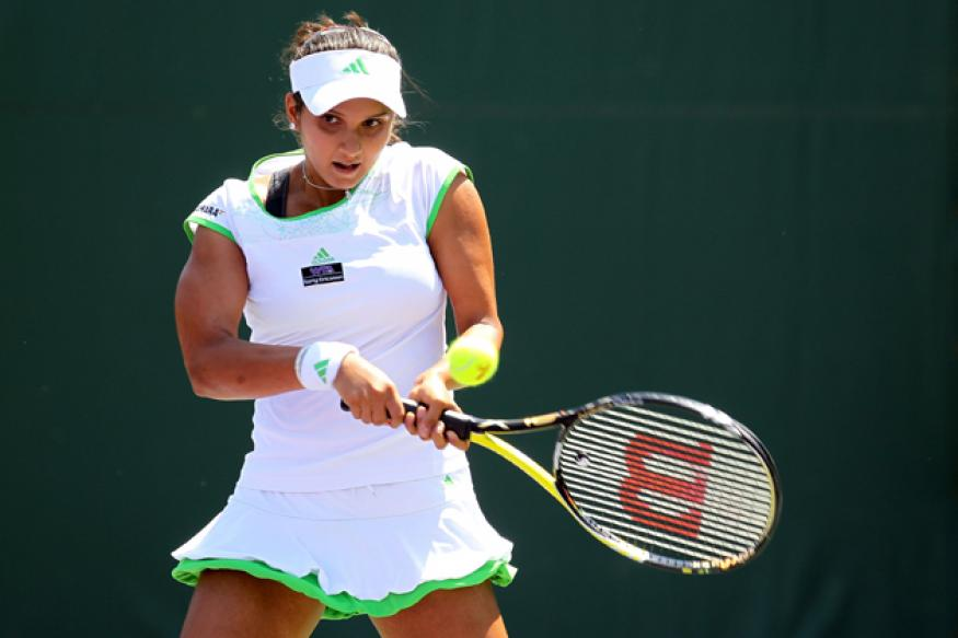 Sania pulls out of Fed Cup due to hip strain