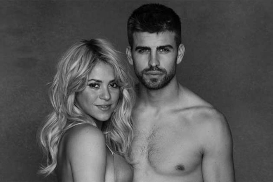Snapshot: Shakira's steamy belly bump picture
