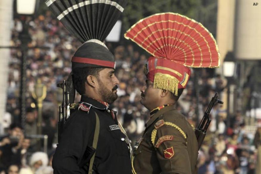 The strength of the Indian and Pakistani armed forces