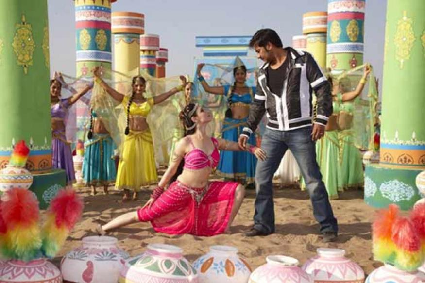 Himmatwala: Sajid Khan keeps the old charm intact