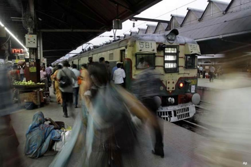 Rs 4 lakhs compensation for man who was pushed from train