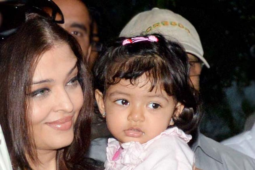 Snapshot: Aaradhya Bachchan spotted with mom Aishwarya