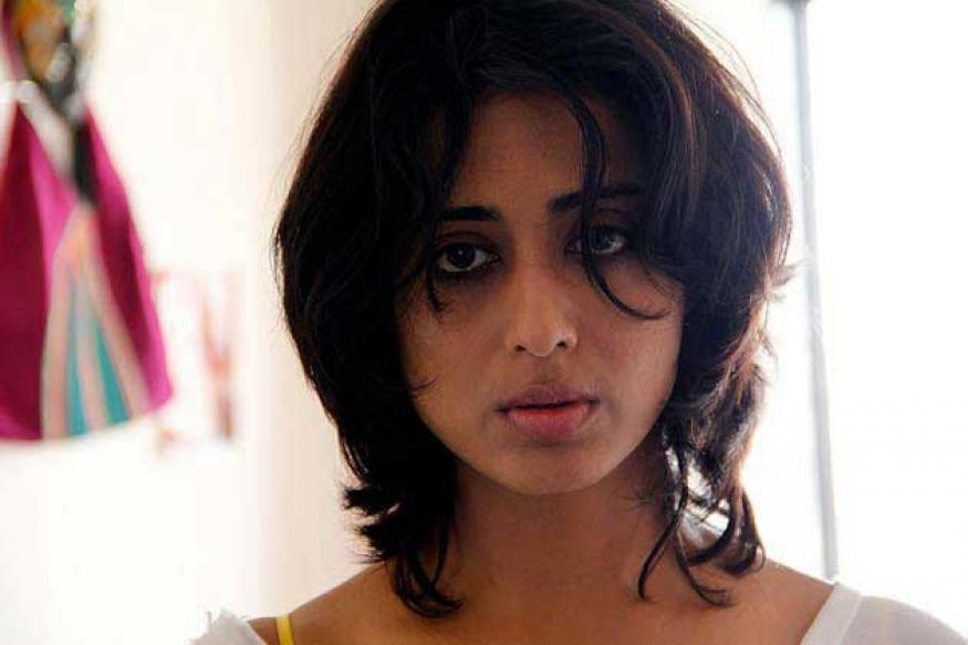 Mahie Gill shoots an item number for 'Bullet Raja'