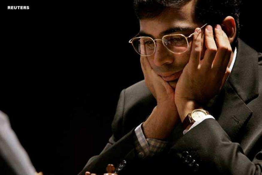 Viswanathan Anand plays a draw against Daniel Fridman
