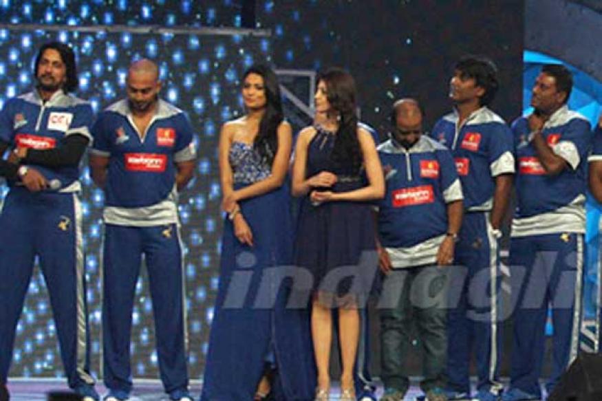 Munirathna Naidu to reward Karnatka team