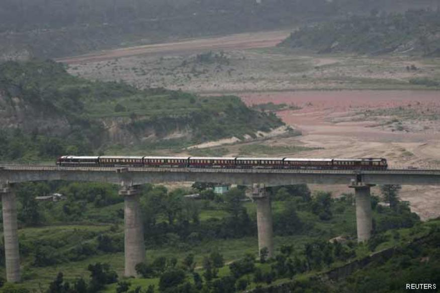 World's highest rail bridge to come up across Chenab