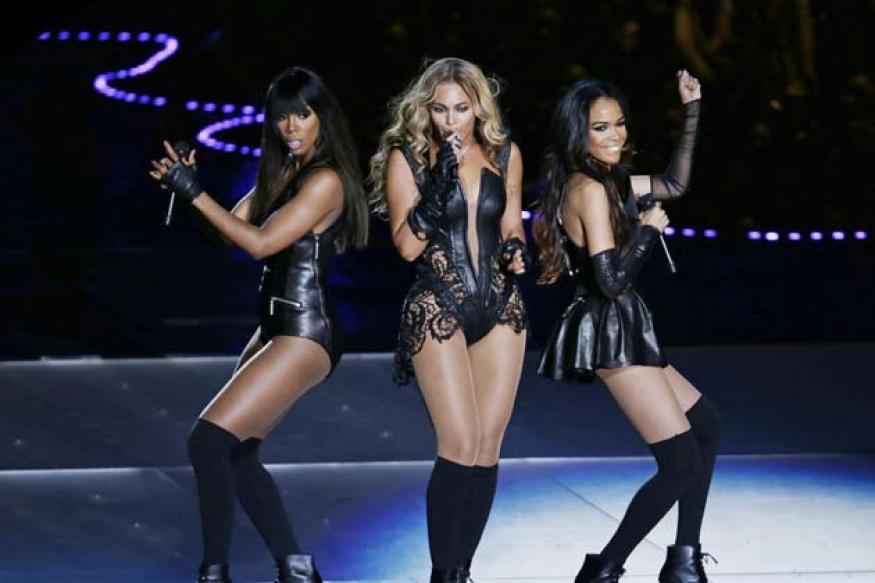 Beyonce sings, reunites Destiny's Child at Super Bowl