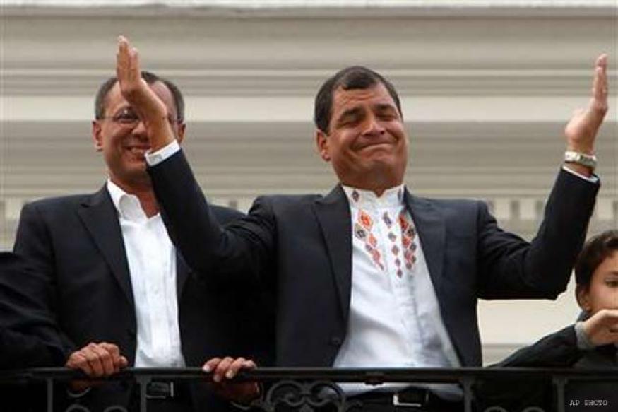 Ecuador's Correa breezes to second re-election