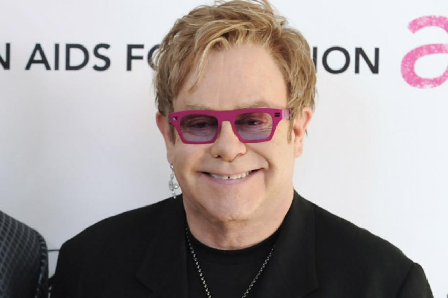 Elton John to share Grammy stage with young rockers