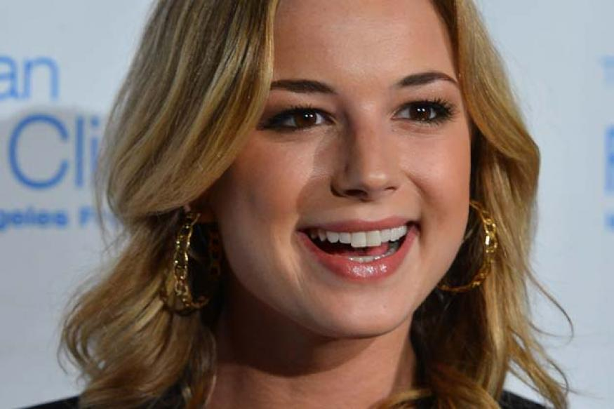 Emily VanCamp, Captain America's new girlfriend