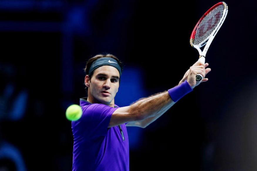Roger Federer storms into ABN AMRO World Round 2